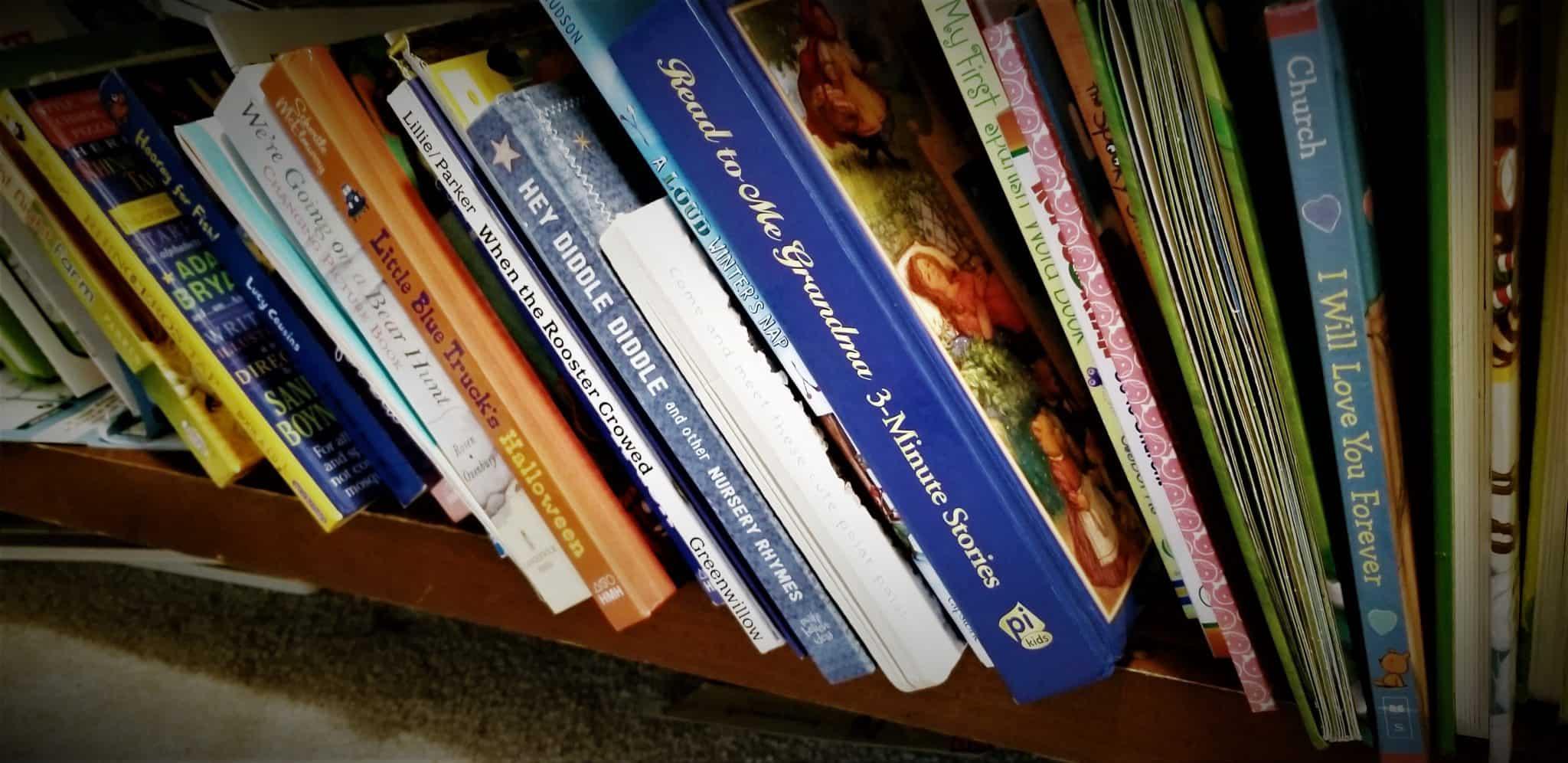 baby proofing hacks- childproofing a bookshelf