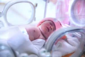 nicu baby in incubator